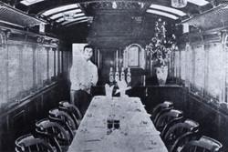 Car_dining