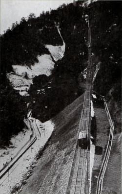 Takao1930