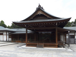 Koshigaya_hanada2