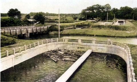 Kawarabuki_fusekoshi1955c
