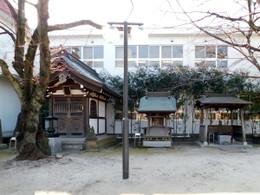 Ryokeinari2
