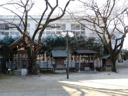 Ryokeinari3